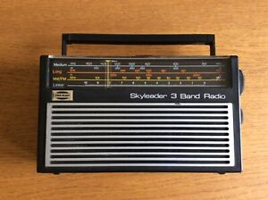 Ever Ready Skyleader 3 Band Radio Dark Grey working