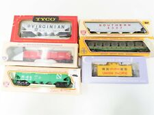 LOT - 6 HO Scale Assorted Freight VGN SOU M&StL ONT UP GN Hoppers Caboose & More