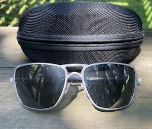 Oakley Inmate Sunglasses Light 05-634 Denzel Washington Book of Eli Edition