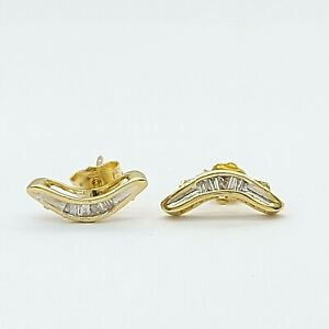 Ladies 18ct Yellow Gold (750,18K) Boomerang Diamond Stud Earrings