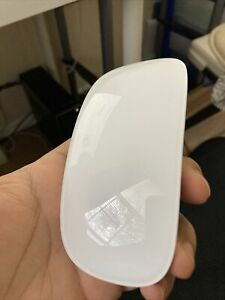Apple Magic A1657 (MLA02ZM/A) Wireless Mouse