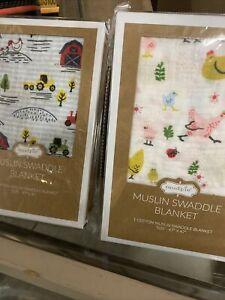 """Mud Pie Muslin Swaddle Blanket 47"""" x 47"""" 100% Cotton Chicken And Farmhouse Desig"""
