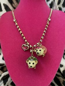 Betsey Johnson Vintage A Day At The Zoo Green & Pink Hedgehog Heart AB Necklace