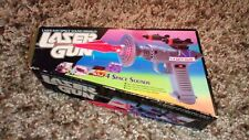 VINTAGE LAZER GUN LASER RAY WITH 4 SPACE SOUNDS & SHOOT AWAY MISSILES NEW RARE