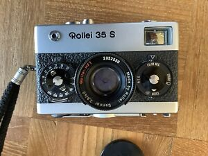 ROLLEI 35 S Silver and Black 35mm Film Camera with Sonnar 40mm F/2.8 Lens