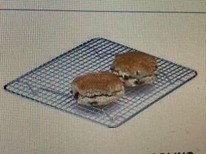 """10"""" x 10""""  (25.4cm)  Chrome Plated Wire Food Cooling Tray / Rack Display Silver"""