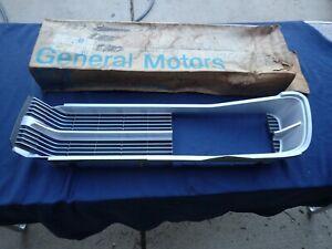 1967 Pontiac Grand Prix grille, LH, NOS! 9786753