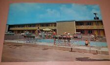 Vintage Barding's Voyager Inn Decatur Illinois Photo Postcard Unused 1960s Pool