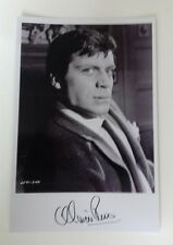 """HAMMER HORROR - Actor Oliver Reed Reproduced Autograph 6""""X4"""" Glossy Pic B/W"""