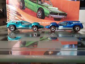 2 1970 Hot Wheel Redlines Aqua and Blue Mantis Good condition