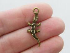 10 Crocodile charms antique bronze tone BC15