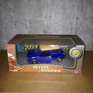 Motormax Mini cooper 1/18eme boite origine