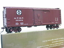 Roundhouse H0 84662 40´Double Sheathed Boxcar 121864 Santa Fe OVP (Q5138)