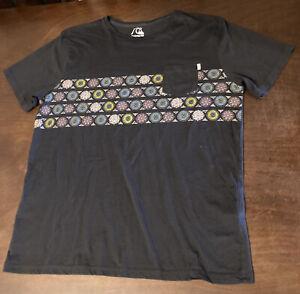 Quicksilver T-Shirt- Mens XXL-Gray-Purple-Front Pocket