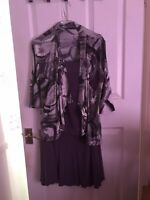 Ladies 2pc Outfit Size M/L Preowned