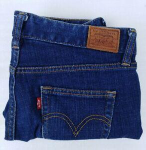 Womens Vintage levis 501 Crop Boyfriend jeans size 28 W30 x L23 Blue
