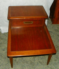 Mid Century Walnut Ash Cameo Step End Table / Side Table by Lane  (T492)