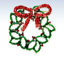 Macy's Holiday Lane Red & Green CHRISTMAS WREATH PIN Brooch Xmas