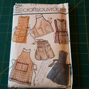 Simplicity Pattern #7052 Aprons Factory Folded Uncut Crafts Outrages from 1985