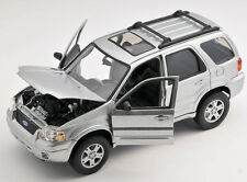 BLITZ VERSAND Ford Escape Limited 2005 Welly Modell Auto 1:24 NEU & OVP