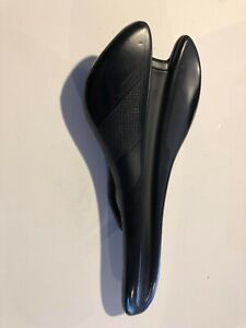 Giant Contact SLR Carbon Saddle (carbon rails and base, 130mm width)