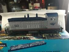 ATHEARN HO Scale BLUE BOX LOCOMOTIVE SW7 AMTRAK 563 DMY  PHV Custom Paint