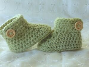 NEWBORN 0-3 3-6 OR 6-12 MONTHS BABY SAGE GREEN HAND CROCHET CUFFED SHOES BOOTIES