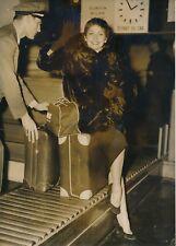 """Renée Jeanmaire dit """"Zizi Jeanmaire"""" 1952 -Gare aérienne des Invalides - PR 1028"""