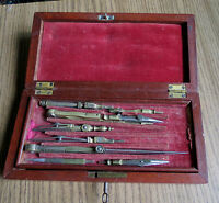 ANTIQUE DRAFTING SET IN WOODEN CASE