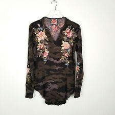 Johnny Was Britton Embroidered Floral Thermal Top V Neck Waffle Knit Size Small