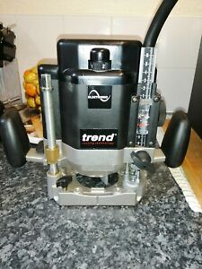 TREND  T11E   2000WATT  PLUNGE ROUTER In Box with attachments 230v