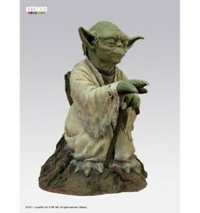 Attakus Star Wars Yoda Statue Life Size