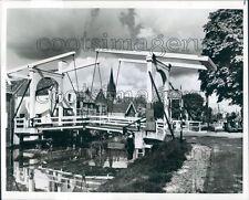 Press Photo 18th Century Vecht River Drawbridge Breukelen Holland