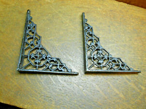 TWO 4 X 5  BLACK CAST IRON WALL SHELF BRACKETS VINTAGE ACCENT METAL