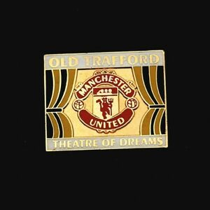 OLD TRAFFORD THEATRE OF DREAMS - MANCHESTER UNITED FOOTBALL BUTTERFLY PIN BADGE
