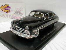 NEO 47010 - Lincoln Cosmopolitan 4-Door Town Sedan Baujahr 1949 in schwarz 1:43