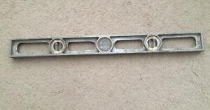"Vintage Mayes Bros. Tool Mfg. Co. 24"" Aluminum Level - Port Austin, Mich. USA"