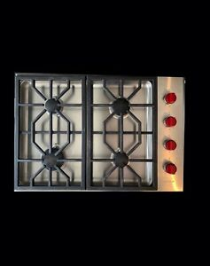 High Quality Wolf cooktop and vent system