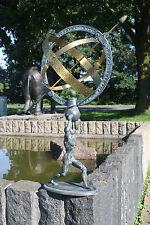 Bronzeskulptur Sonnenuhr mit Sockel in Form eines Mannes Gartendekoration*