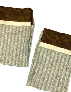 2 Vintage Brown & Blue Pillowcases Percale Cotton Floral Print 70s Retro Pair