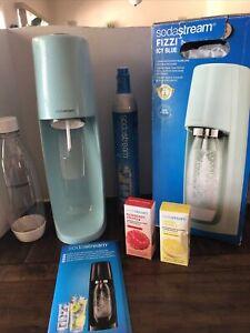SodaStream Fizzi Sparkling Water Maker, Icy Blue Zero Raspberry & Lemon New