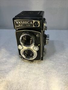 Yashica mat-124 120 film camera 6x6 format. In need of TLC