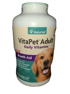 VITAPET ADULT DAILY VITAMINS WITH BREATH AID.