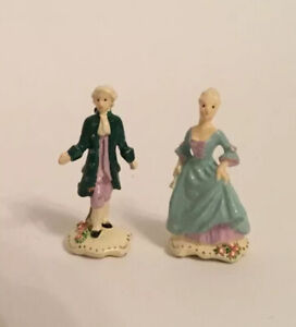 Pair Of Dolls House Ornaments (b)