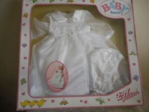 VINTAGE  BABY  BORN   CHRISTENING OUTFIT  (BRAND NEW IN BOX)(FREE POSTAGE)