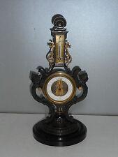 BAROMETRE THERMOMETRE ANCIEN EN BRONZE A DECOR DE SPHINGES. XIX°.