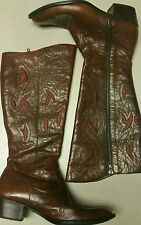 UNIQUE BORN WOMENS RED-BROWN KNEE HIGH  BOOTS W/ BURGUNDY EMBROIDERY SZ 9.5