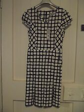 Brown Sugar Dress size 8, black cream & grey patterned, brand new