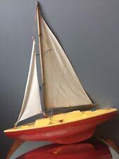 voilier de bassin circa 1950 jouet ancien maquette bateau jeux de plages vintage