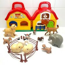 MEGCOS Toy Farm House Barn With Farm Animals & Fencing Childrens Fun Play Toys